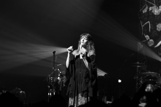 Florence Welch performs on stage. (Photo courtesy of Kevin Utting.)