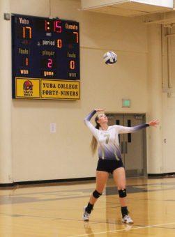 Jessica Taylor serves against Alameda.
